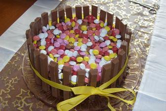Lentilkový dort s kitkatem