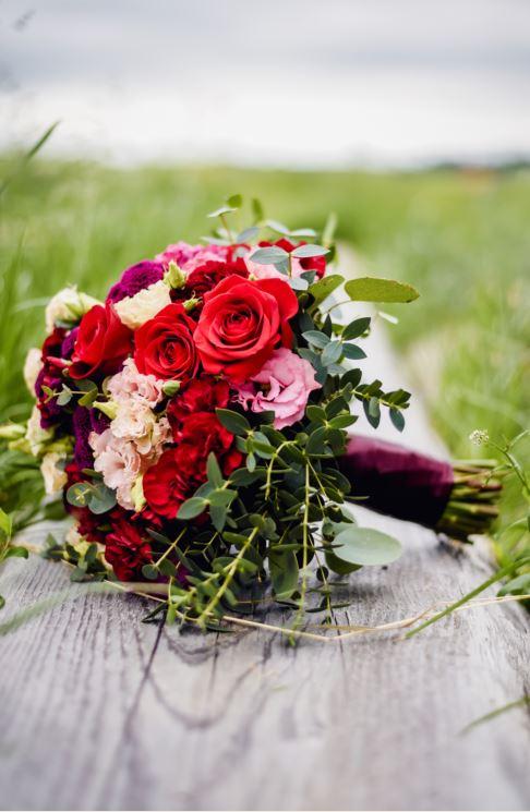 Martina Krsková (Valentová){{_AND_}}Michal - Krásná svatební kytice od květinářství Rychlíková Holice