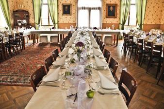 zámecká síň pro hostinu