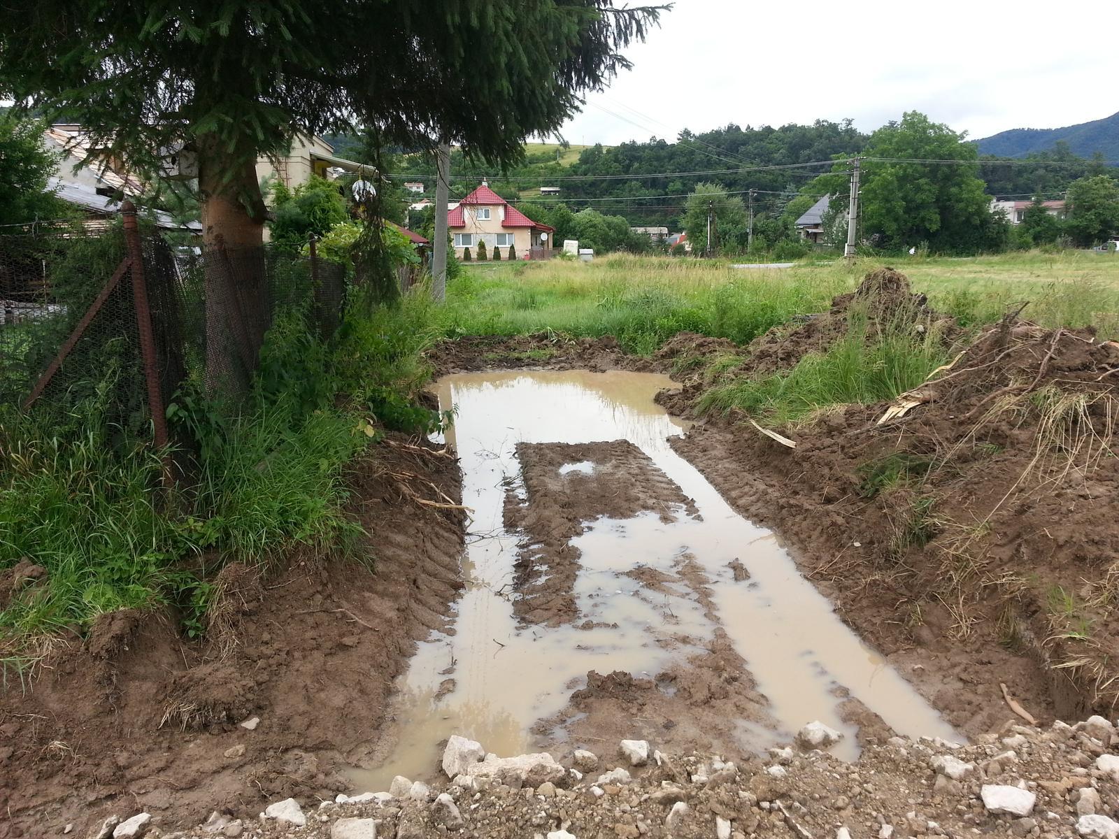 Pasívny dom svojpomocne - Prístupová cesta