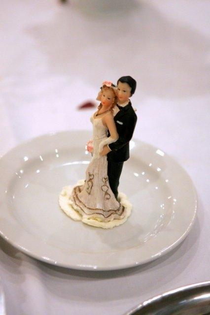 Svadba 27. augusta 2005 sa blíži! - túto ozdobu na tortu už mám