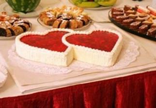 Peťo, chce takúto tortu, namiesto klasicej, dvojposchodovej ...