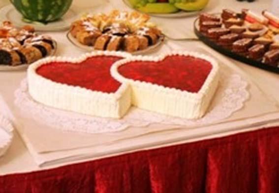 Svadba 27. augusta 2005 sa blíži! - Peťo, chce takúto tortu, namiesto klasicej, dvojposchodovej ...