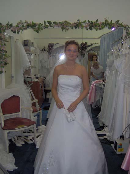 Svadba 27. augusta 2005 sa blíži! - s okuliarmi