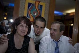 drahý so svojimi rodičmi
