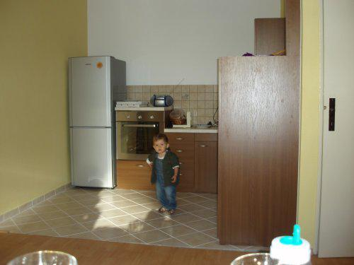 Pohlad do kuchyne aj s najmenším kuchárom