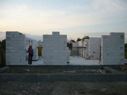 Stavba nášho domu - zadna cast domu