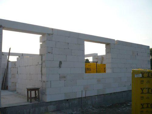 Stavba nášho domu - 3 den vchod