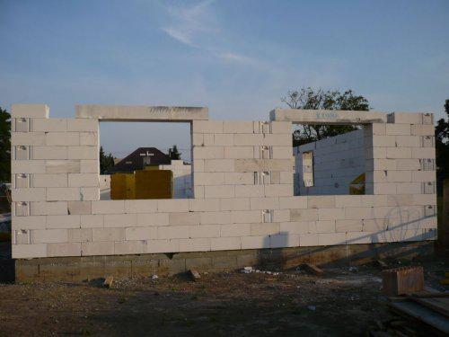 Stavba nášho domu - predna cast domu