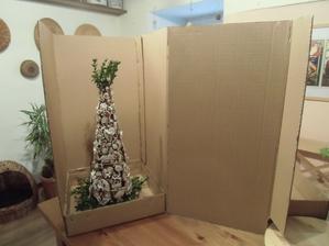 Další strom na svatbu,tento se poveze 200 km,tak doufám,že to přežije