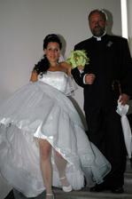 a nevěsta jde...