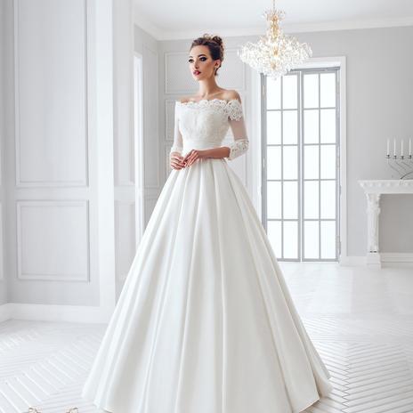 57854468af52 Predstavujeme vám 10 horúcich trendov svadobných šiat pre rok 2016!