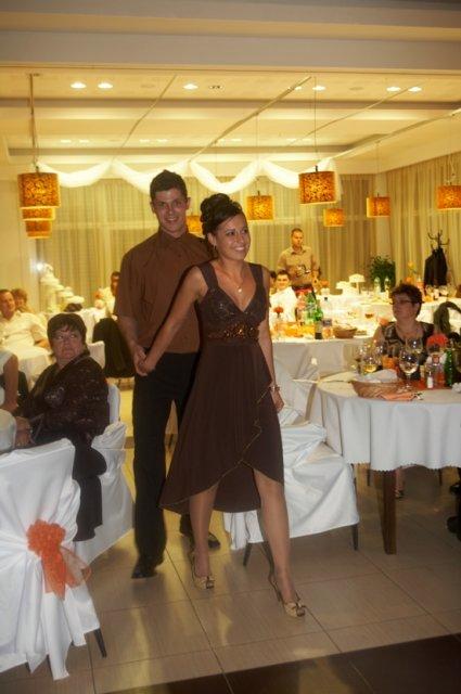 Pokračuje svadba - po polnočné