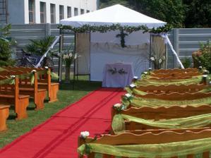 náš svadobný altánok už čaká...