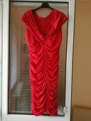 Pohodlné šaty, 44