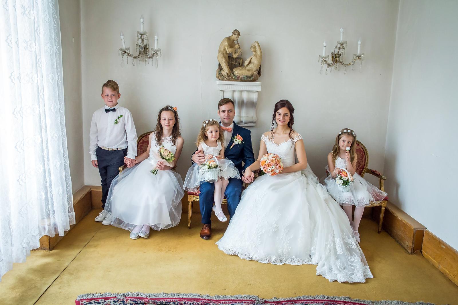 Lucie{{_AND_}}Petr - Jako královská rodina :)