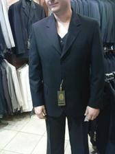 ...ženíchov oblek...