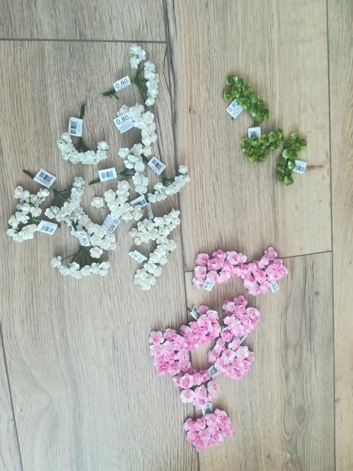 Malé ružičky biele, ružové, zelené - Obrázok č. 2
