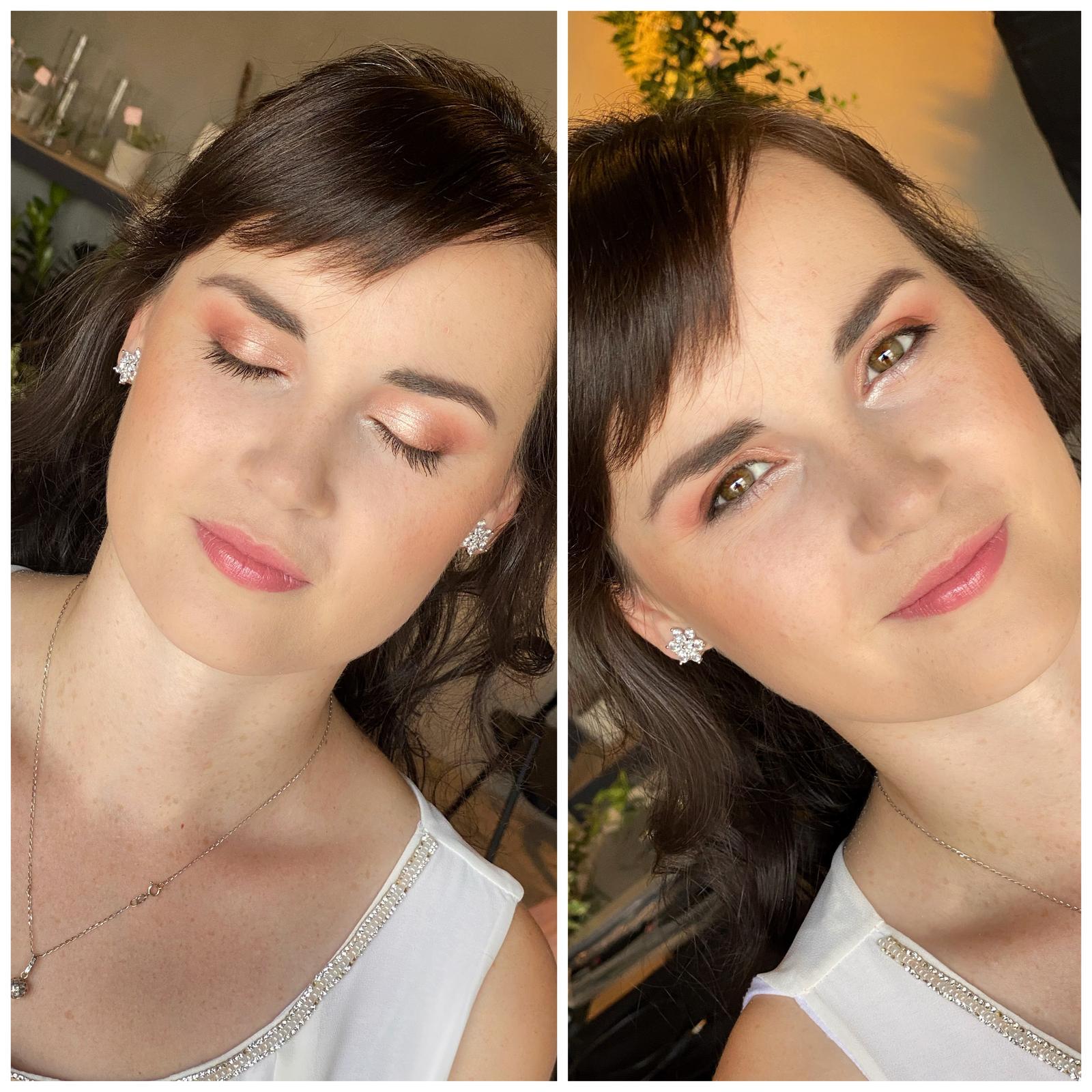 Makeup & hair 2020 - Makeup pro družicku🌱. Svěží se spodní stříbrnou linkou,která je zajímavým detailem na fotce💋