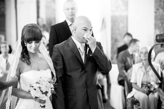 ...manžel plakal i za nevěstu :-)...