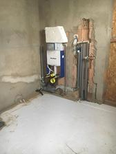 budoucí wc technická část v garáži