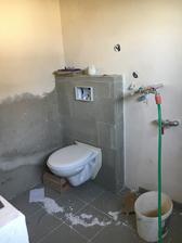 Záchod půjde zítra dolu ptz nejdřív měli byt obklady 😀
