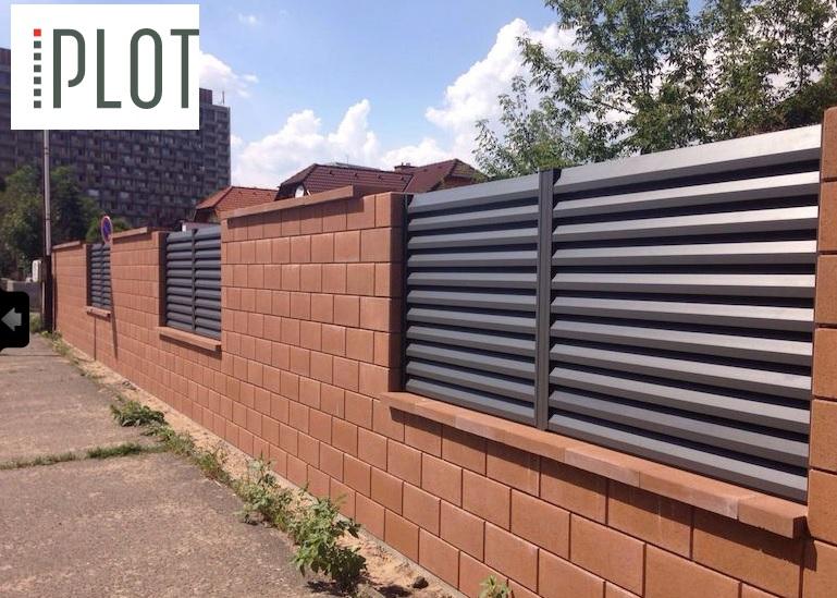Nemáte někdo hliníkový okenicový plot? Třeba od firmy IPLOT?  Zajímá mě odolnost barvy a materiálu. - Obrázek č. 1