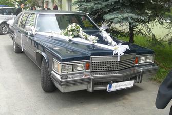 naše svadobné autíčko....
