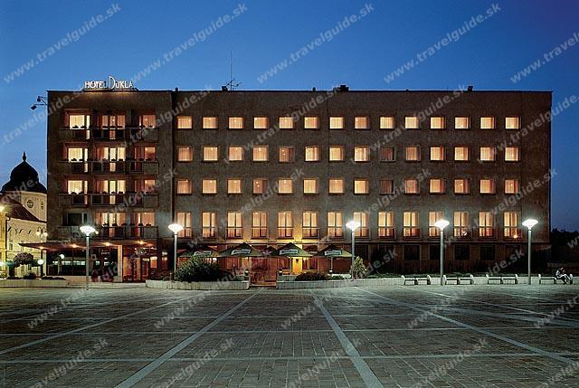 Maťka a Tomáš - Hotel Dukla