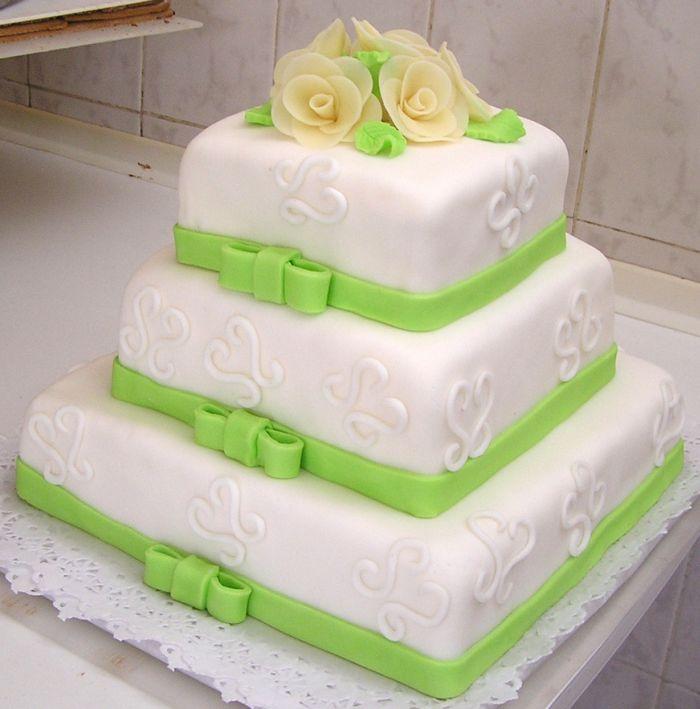 Čo sa nám páči... - taku svadobnu tortu chceme :-)