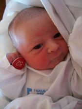 Pár dní před třetím výročím svatby se nám, v neděli 14.4.2013, narodila dcerka Zuzanka :-)
