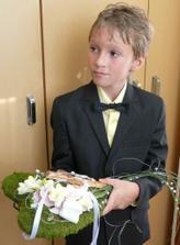 Srdiečko na obrúčky a krížik, bolo úúúžasné, detailnejšie foto doplním, malo nesmierny úspech