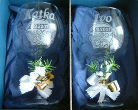 naše svatebni skleničky