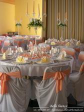 oranžová výzdoba