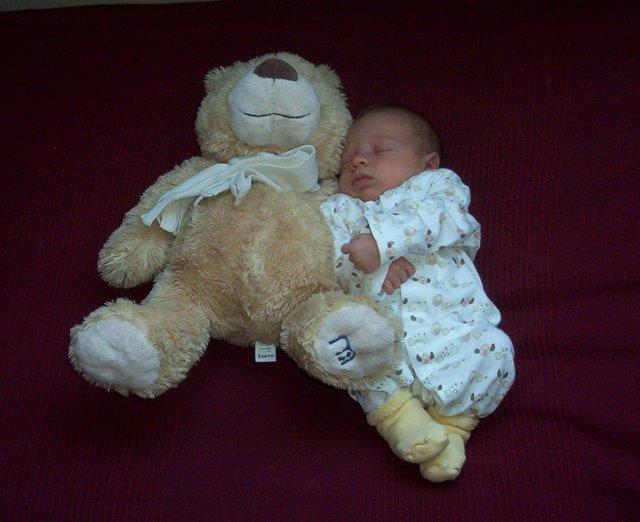 Zuzula{{_AND_}}Peto - Narodil sa 2 tyzdne pred prvym vyrocim svadby :)