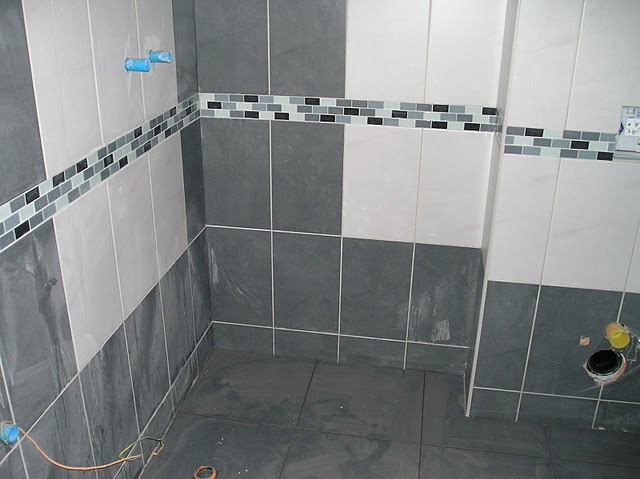 Jiz take stavime Novu 101 - spodni koupelna uz s obklady
