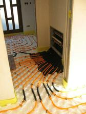 podlahové topení hotovo