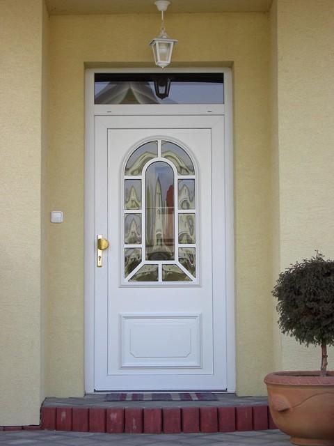 Príprava na bývanie ;-) - aj ked dvere budú až budúci rok...som viac menej rozhodnutá pre tieto :)
