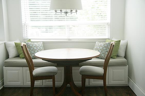Biely  romanticky nábytok - .... auž hotová, jednoduché, nie?