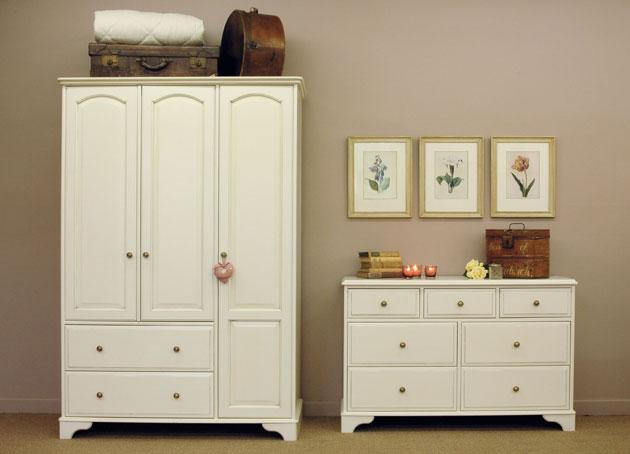 Biely  romanticky nábytok - Obrázok č. 43