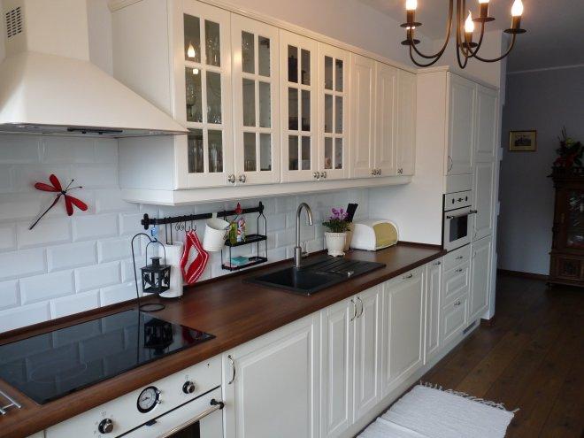 Rustikálno moderná kuchyňa  Kolekcia užívateľky rysavka   -> Kuchnia Na Poddaszu Wymiary