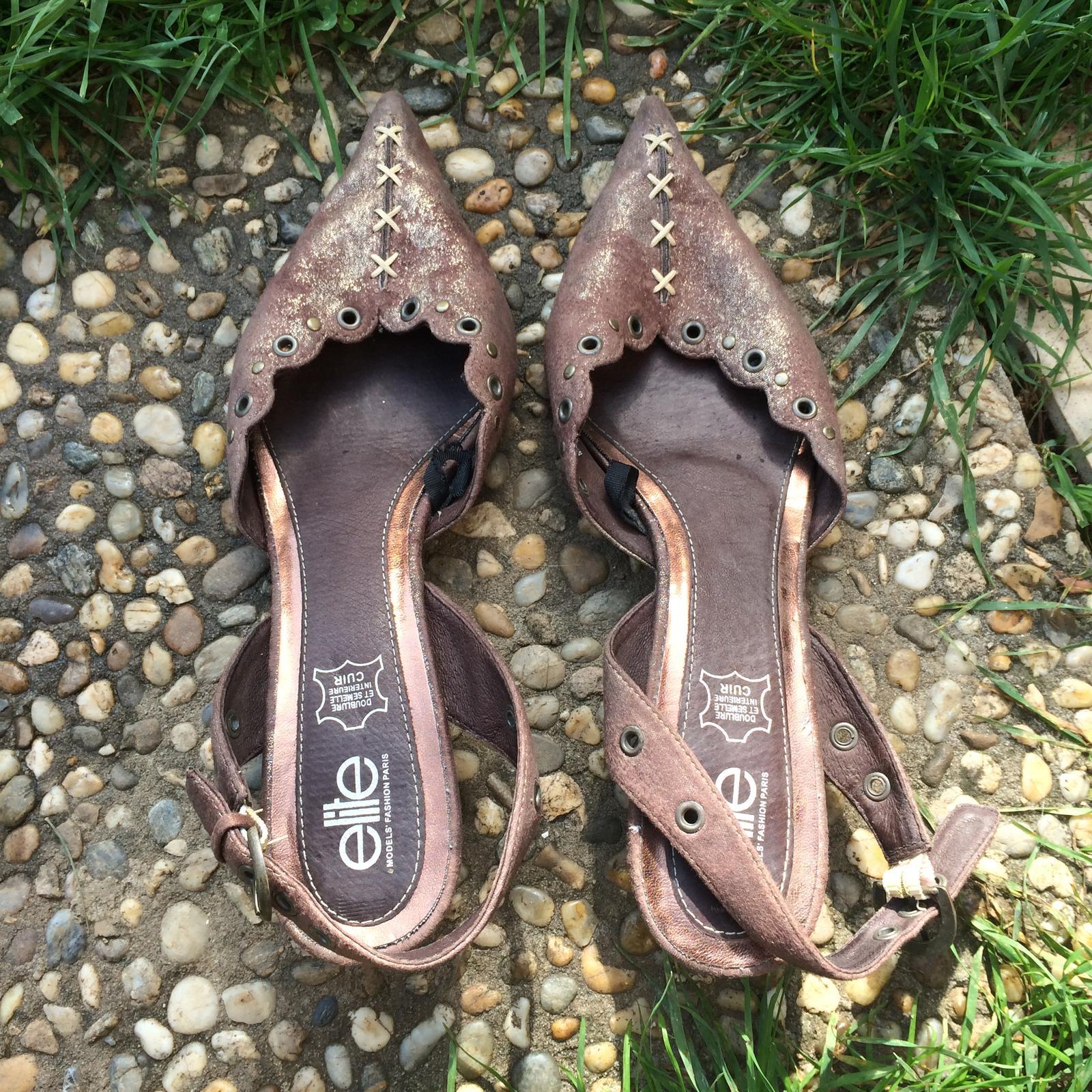 Hnědé boty značky Elite na podpatku - Obrázek č. 1