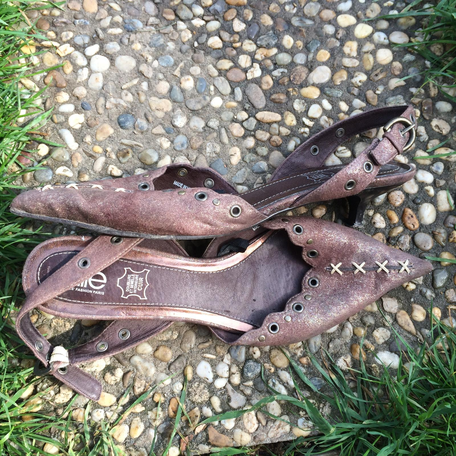 Hnědé boty značky Elite na podpatku - Obrázek č. 4