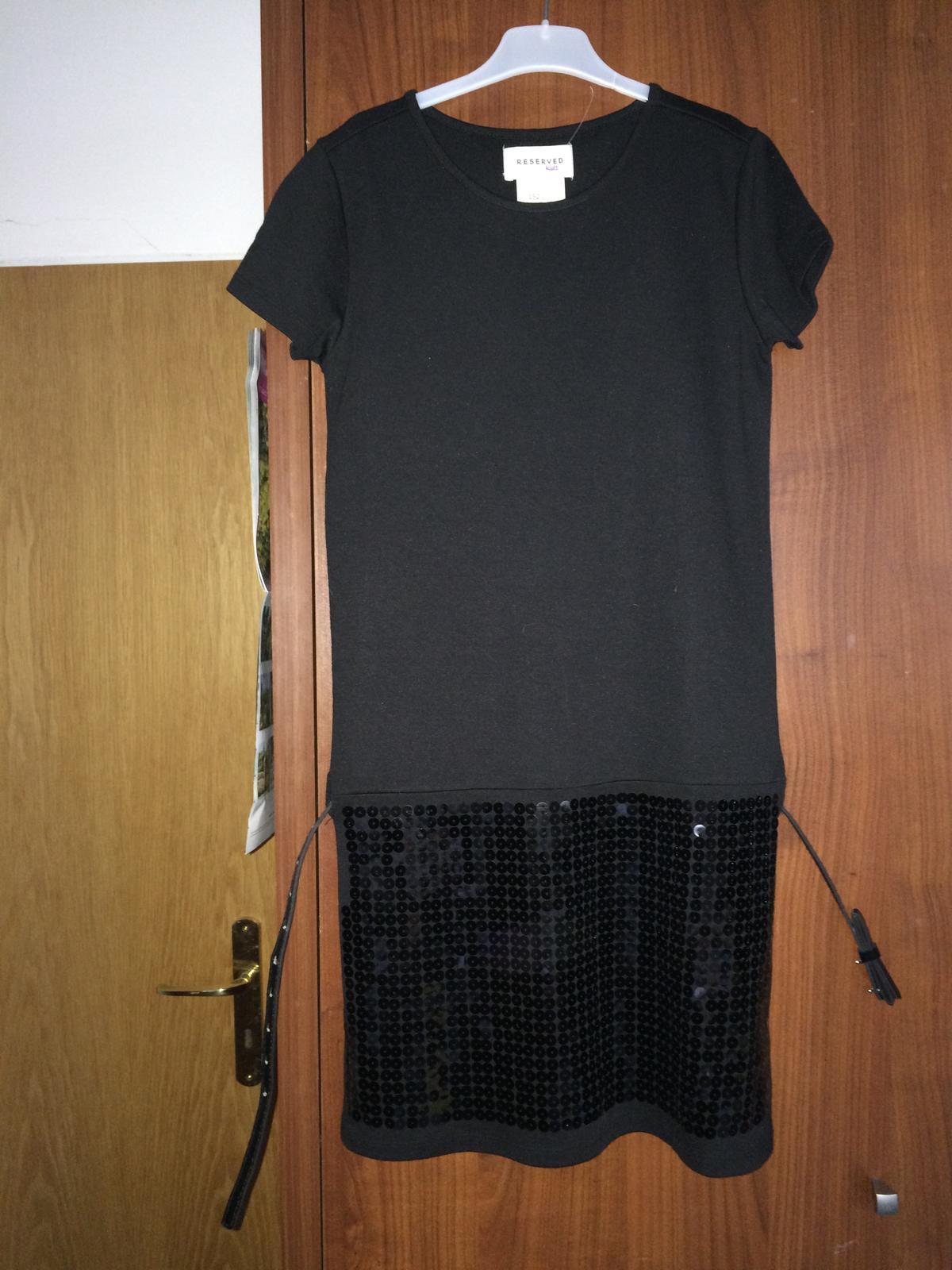 Černé dívčí šaty ještě s cedulkou - Obrázek č. 1