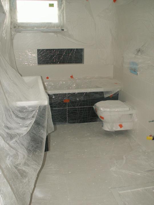 Vizualizácia kúpelky - ešte sa maľuje, resp. už je vymaľované, musíme osadiť zvyšok sanity