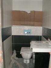 malé WC je takmer hotové.
