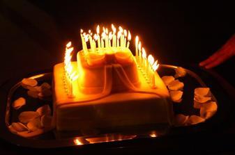 torta v tvare balíčku, Danela