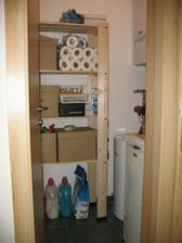 technická místnost - kotel, voda, pračka a sklad prostředků