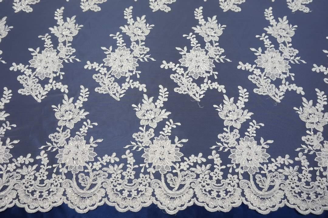 Na výrobu vašich svadobných šiat používame kvalitné čipky ,krajky mušeliny organzy i satény - Obrázok č. 3