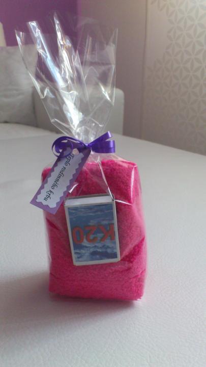 Svatební tombola - Teplo rodinného krbu:-) - zápalky a teplé ponožky